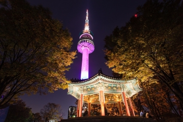 Namsan tower-www.luhanhsaigon.com